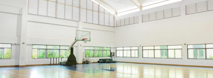 Pisos de garagens e de quadras esportivas: como fazer a melhor escolha